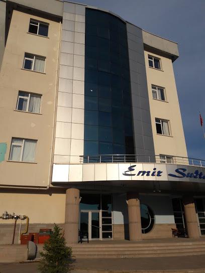 Emir Sultan Erkek Talebe Yurdu